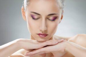 Consejos de Belleza para la Piel: Estos hábitos le quitan la belleza, sigue estos 7 consejos para lucir bella