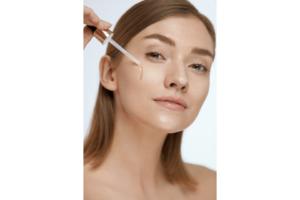 La mejor manera de cómo aplicar aceite facial